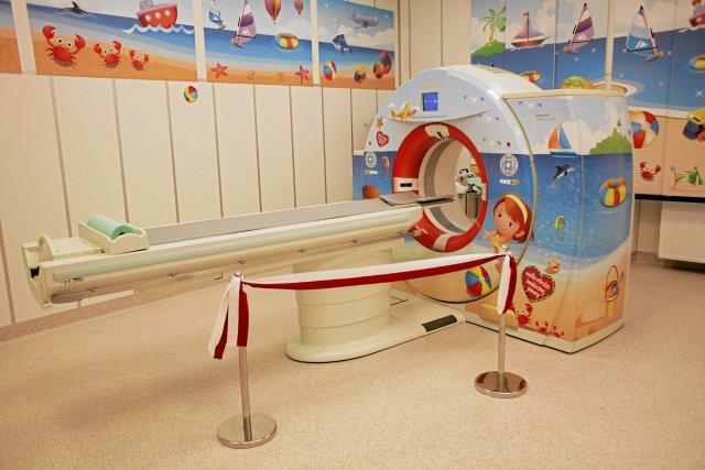 Tomograf przekazany Wojewódzkiemu Szpitalowi Dziecięcemu w Krakowie