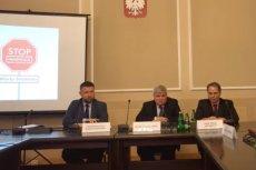 PO odpowiedziała na doniesienia komisji Macierewicza. Podważali je Maciej Lasek i Paweł Artymowicz.