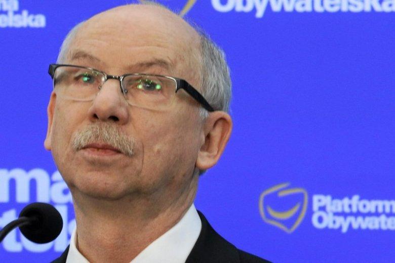 Europoseł Janusz Lewandowski wyraźnie nie jest zadowolony z poczynań Prawa i Sprawiedliwości.