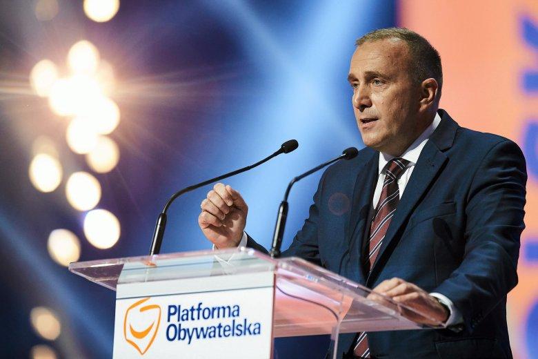 Przewodniczący Platformy Obywatelskiej nie szczędził ostrych słów pod adresem Prawa i Sprawiedliwości i prezydenta Andrzeja Dudy za to, jak wykorzystali 7. rocznicę katastrofy smoleńskiej.