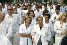 Protest lubelskich lekarzy w 2007 r. Zdjęcie jest tylko ilustracją do tekstu.
