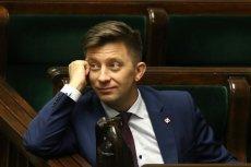Michał Dworczyk popełnił błąd, gdy na antenie TVN24 mówił o pensji minimalnej.