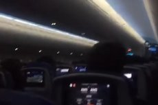 Samolot lecący z Madrytu do Amsterdamu podchodził pięć razy do lądowania. Pasażerowie zaczęli panikować.