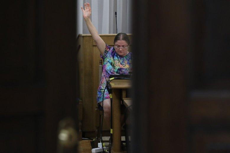 Krystyna Pawłowicz odchodzi na emeryturę. Jedni przekonują, że odejście wymusił Jarosław Kaczyński, inni są przekonani, że to tylko zagrywka taktyczna.