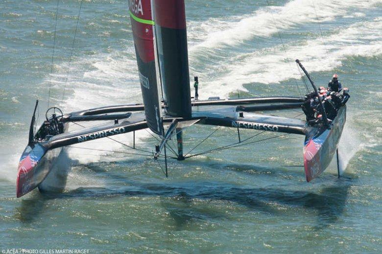W pierwszych wyścigach Pucharu Louis Vuitton startowała tylko jeden jacht.
