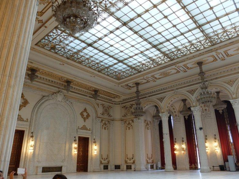 Bukareszt, Dom Ludu, wnętrza