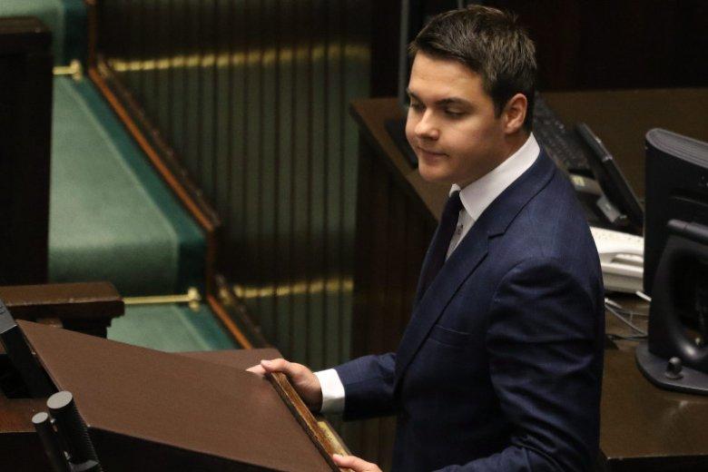Młody poseł Łukasz Rzepecki postawił się w Sejmie władzom PiS. Czy będzie miał naśladowców?
