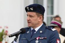 """Generał Miłkowski wyjaśnił, że wypadki rządowych limuzyn zdarzają się, bo """"tak ruch drogowy czasami wygląda""""."""