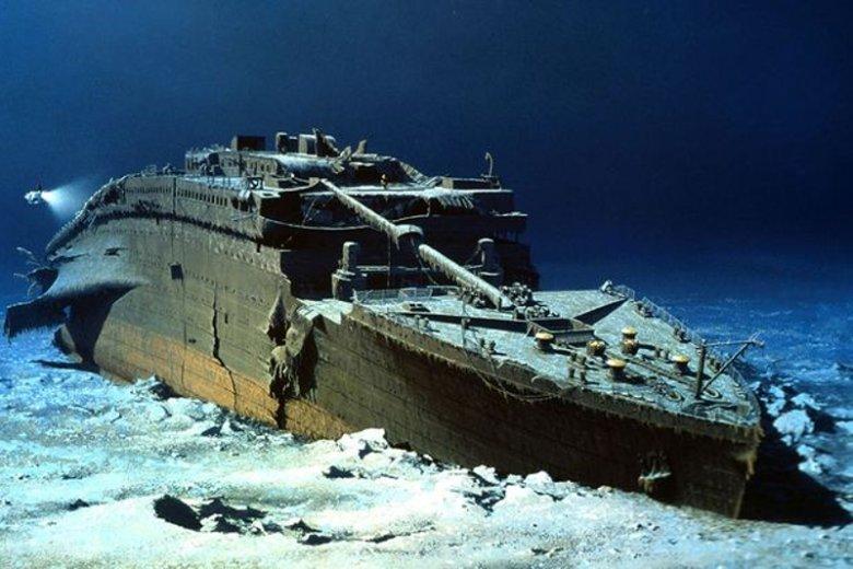 Titanic rozpala wyobraźnie turystów, którzy z wraku słynnego statku zabierają, co tylko się da