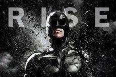 """Fragment plakatu filmu """"Mroczny rycerz powstaje"""" (""""The Dark Knight Rises"""")"""