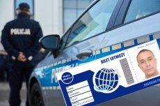 """Służby wybrały nietypowy sposób na ogłoszenia z poszukiwanymi osobami. Oferują """"darmowe bilety lotnicze""""."""