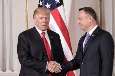 """""""Foreign Policy"""" pisze, że Andrzej Duda """"sprawnie masuje ego Donalda Trumpa""""."""