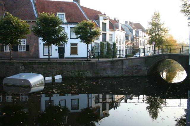 Ciało Polaka wyłowiono 17 września z rzeki w holenderskim mieście Amersfoort.