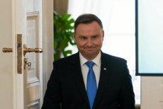 Duda skomentował zdjęcie Putina, Merkel, Erdogana i Macrona. Internauci proszą, żeby już jechał na narty i przestał się ośmieszać.