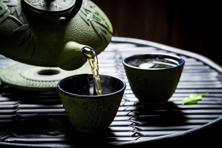 Zielona herbata to bogate źródło cząsteczki 1-MNA