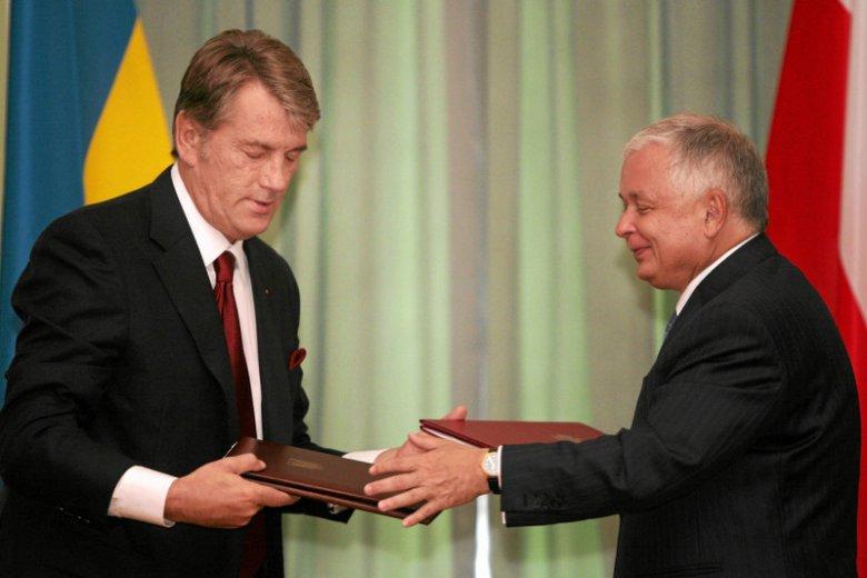 Śp. prezydent Lech Kaczyński mówił o trudnej polityce historycznej, ale też zabiegał o przybliżenie Ukrainy do UE i NATO.