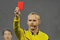 Marcin Borski - sędzia, który nie boi się pokazywać piłkarzom kartek.