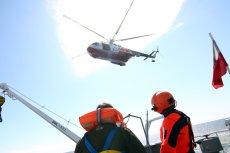 """Śmigłowce ratownicze Mi-14 PŁ/R w najbliższych miesiącach powinny trafić na złom lub do muzeum. Przez decyzje MON będą musiały jednak przejść """"reanimacje"""" i dalej służyć do ratowania życia nad Bałtykiem."""