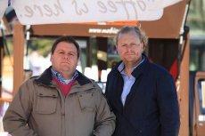 Konrad Świąder (po lewej) i Marcin Gazowski stworzyli pierwszą w Polsce [url=http://www.mobicafe.pl/] mobilną kawiarnię. [/url]