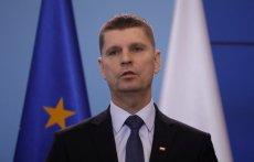 Dariusz Piontkowski przekazał, że w tym roku szkolnym uczniowie nie wrócą już do nauki.