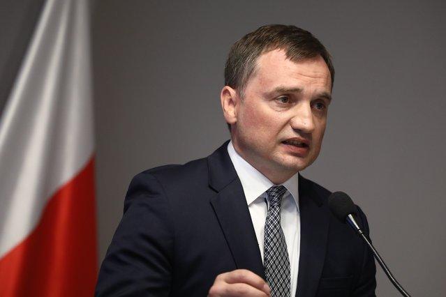 Zbigniew Ziobro zaproponował zmianę, która – według opinii wielu prawników – nic nie zmienia.