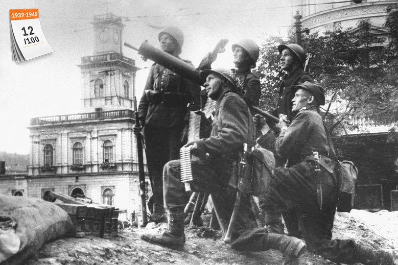 II wojna światowa pochłonęła od 50 do 80 mln istnień. Na zdjęciu żołnierze polscy z jednostki artylerii przeciwlotniczej w rejonie Dworca Głównego podczas Obrony Warszawy w pierwszych dniach września 1939