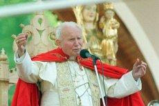 Pomnik Jana Pawła II we Francji musi zostać zmieniony. Zniknie krzyż.