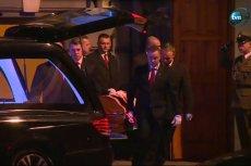 W piątek podobnie spoczęły na Wawelu zwłoki pary prezydenckiej.