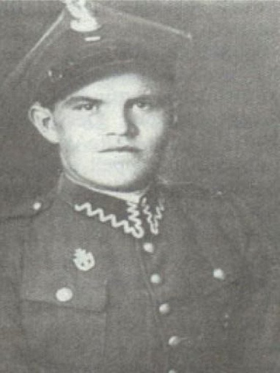 Tadeusz Wiejowski - pierwszy uciekinier z KL Auschwitz.