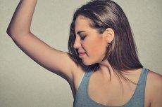 Tylko prawidłowe używanie antyperspirantu przynosi zadowalający efekt.