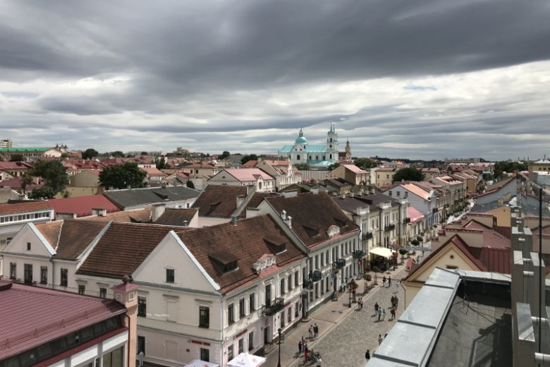 Panorama Grodna, w dole ulica Sowiecka.