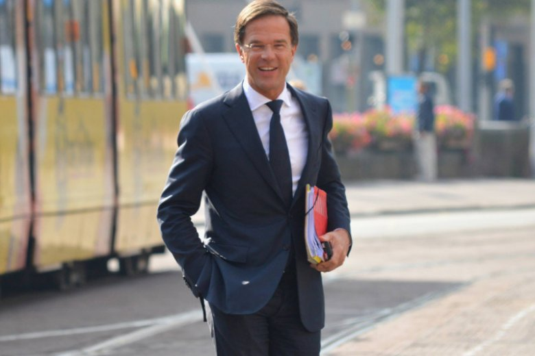 """""""Frans, możesz liczyć na Holandię tam, gdzie praworządność jest ważna"""" – powiedział do szefa KE premier Holandii Mark Rutte."""