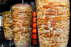 Wegetarianie lubią jeść kebaby i hamburgery, tylko się do tego nie przyznają. Robią to po alkoholu