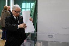 Jarosław Kaczyński zagłosował w komisji wyborczej nr 333 na Żoliborzu, w Szkole Głównej Służby Pożarniczej przy ul. Siemiradzkiego 2.