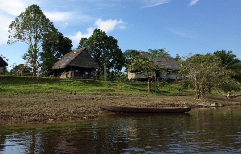 Indiańska wioska w Amazonii.