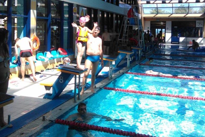 W trakcie ferii zimowych dzieci mogą skorzystać z promocji na basen w Parku Wodnym Warszawianka