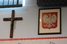 Czy czeka nas nowe godło z krzyżem?