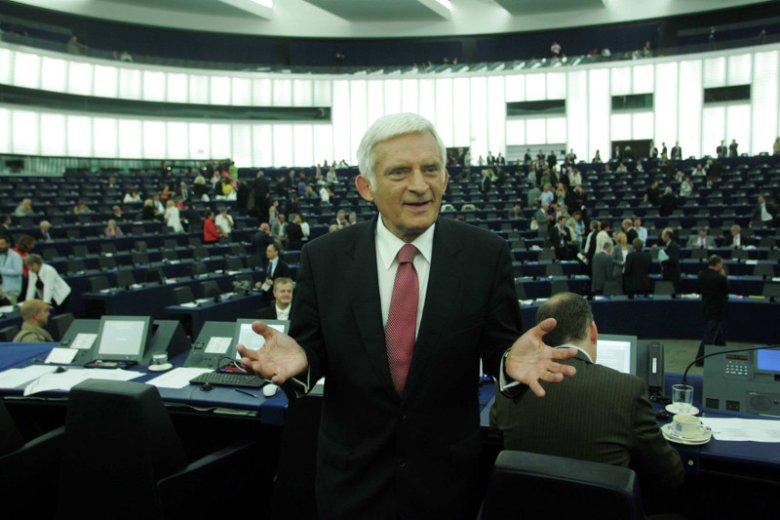 Lipiec 2009. Jerzy Buzek, nowym szefem PE.