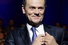 Poparcie dla Tuska rośnie, bo rządzący w Polsce go nie lubią.
