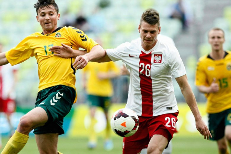 62f1578bb Polska wygrała 2:1 z Litwą w meczu towarzyskim rozgrywanym w Gdańsku.