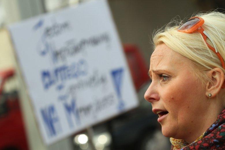 Iwona Hartwich w Toruniu w kwietniu 2012 roku. Domaga się uznania opieki nad niepełnosprawnym dzieckiem za pracę.
