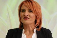 Bernadeta Krynicka po tym, jak nie została wybrana do Sejmu, została kierownikiem Działu Kontraktowania i Nadzoru Świadczeń Medycznych szpitala w Łomży.