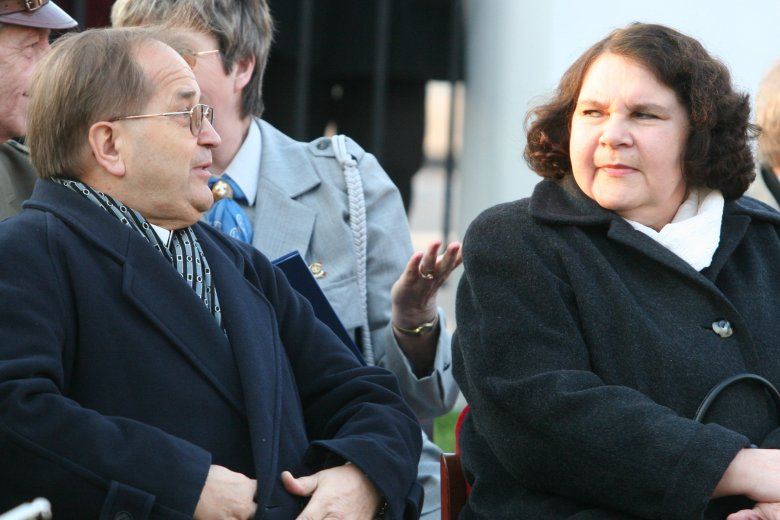 """Annie Sobeckiej bardzo przeszkadza """"Kler"""" Wojciecha Smarzowskiego. Już ostrzega reżysera."""