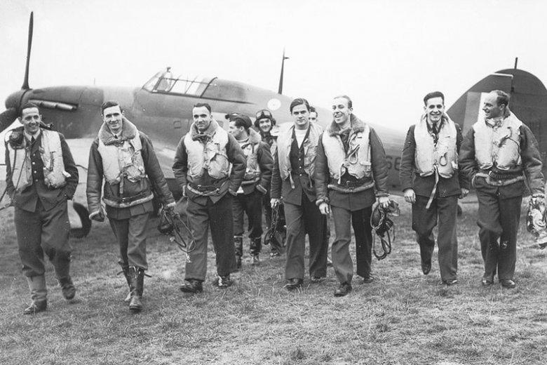 Piloci Dywizjonu 303 - bohaterowie Bitwy o Anglię.
