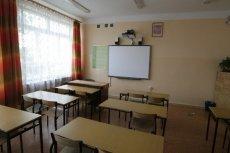 25 maja do szkół wrócą uczniowie klas 1 -3 szkół podstawowych.