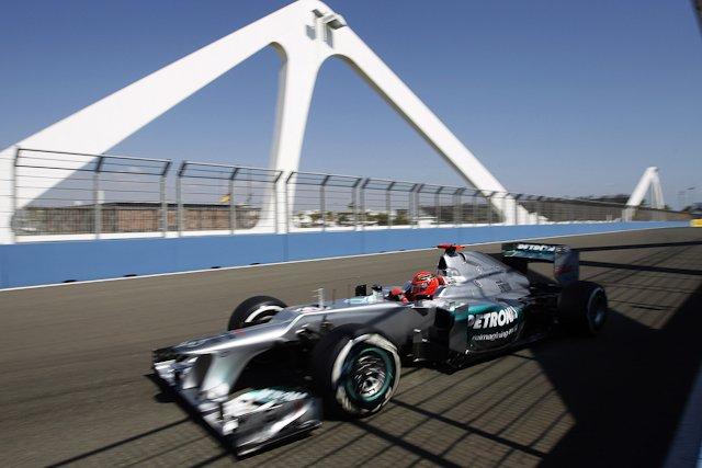 Michael Schumacher w końcu przerwał złą passę i stanął na podium