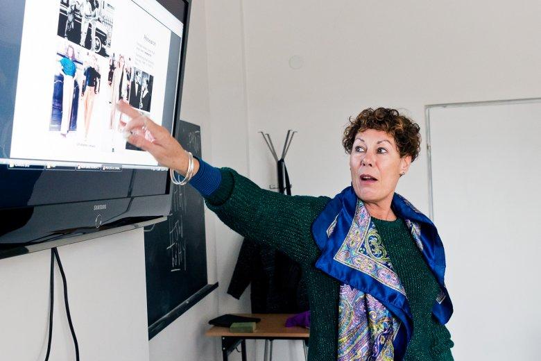 Carol Morgan w Szkole Artystycznego Projektowania Ubioru