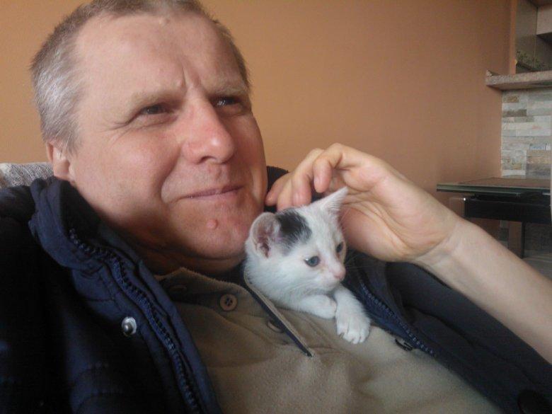 autor z kotem