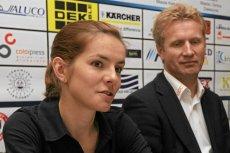 Maja Włoszczowska wraz z byłym trenerem, Andrzejem Piątkiem, podczas konferencji prasowej przed mistrzostwami Polski (26 VI 2012 roku)