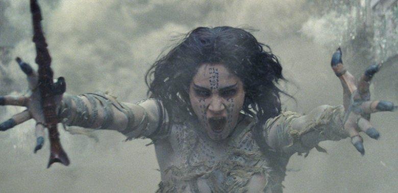 Najnowszym filmowym wcieleniem mumii została księżniczka  Ahmanet, która pochowana żywcem za zabójstwo ojca wraca w czasach współczesnych jako żądny zemsty demon